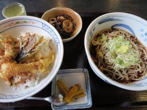 竹泉さんのソバランチ(800円)