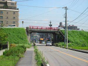 岩倉跨線橋