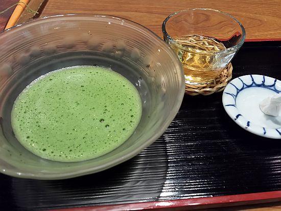 妙香園のお抹茶サービス